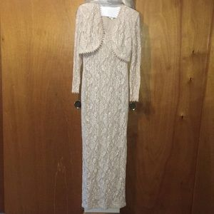 EUC Like New Alex Evenings' Lace Gown with Bolero